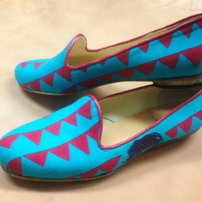 FB FB シューネクスト 生徒さんの作品です!左足の外側にサイが!こんな感じでお気に入りの布地でも靴作れますよー‼
