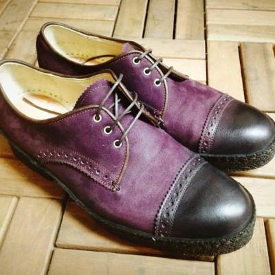 シューネクスト  サイドにテープを巻くマットガードの靴もマッケイ屋さんで縫うことが出来ます。素材を変えても面白いのでデザインのヒントにしてみてください‼︎