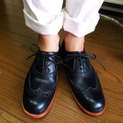FB FB シューネクスト ハンサムですね~木型とデザインがぴったり合ってます。レディースのフルブローグの靴を作りたかったということです。2足目でこの仕上がり!癖になっちゃいますね。